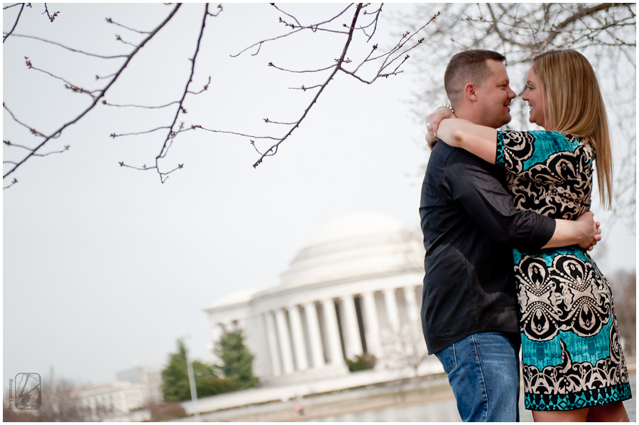 Engagement-Portraits-at-Thomas-Jefferson-Memorial-Tidal-Basin-Washington-DC-taken-by-Benson-Lau-Photography-8.jpg