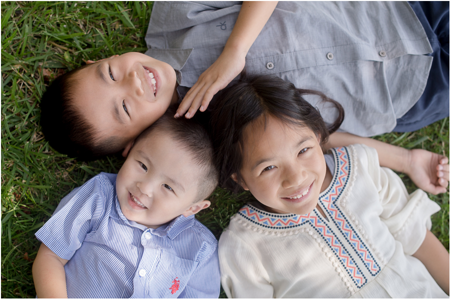 Mini-Family-Portraits-Session-in-Los-Gatos-taken-by-California-based-photographer-Benson-Lau-Photography-001.jpg