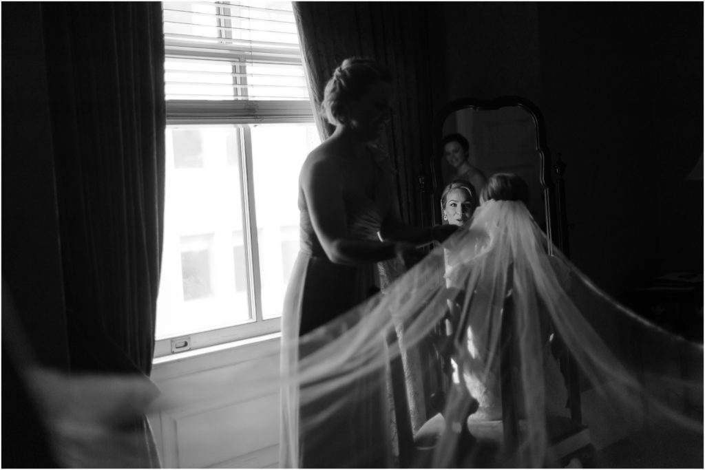 The-University-Club-New-York-City-wedding-photos-taken-by-California-based-photographer-Benson-Lau-Photography-001-1024x683.jpg