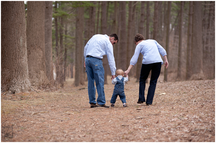 Family Portraits Loch Raven Resevoir taken by Benson Lau Photography 6.jpg
